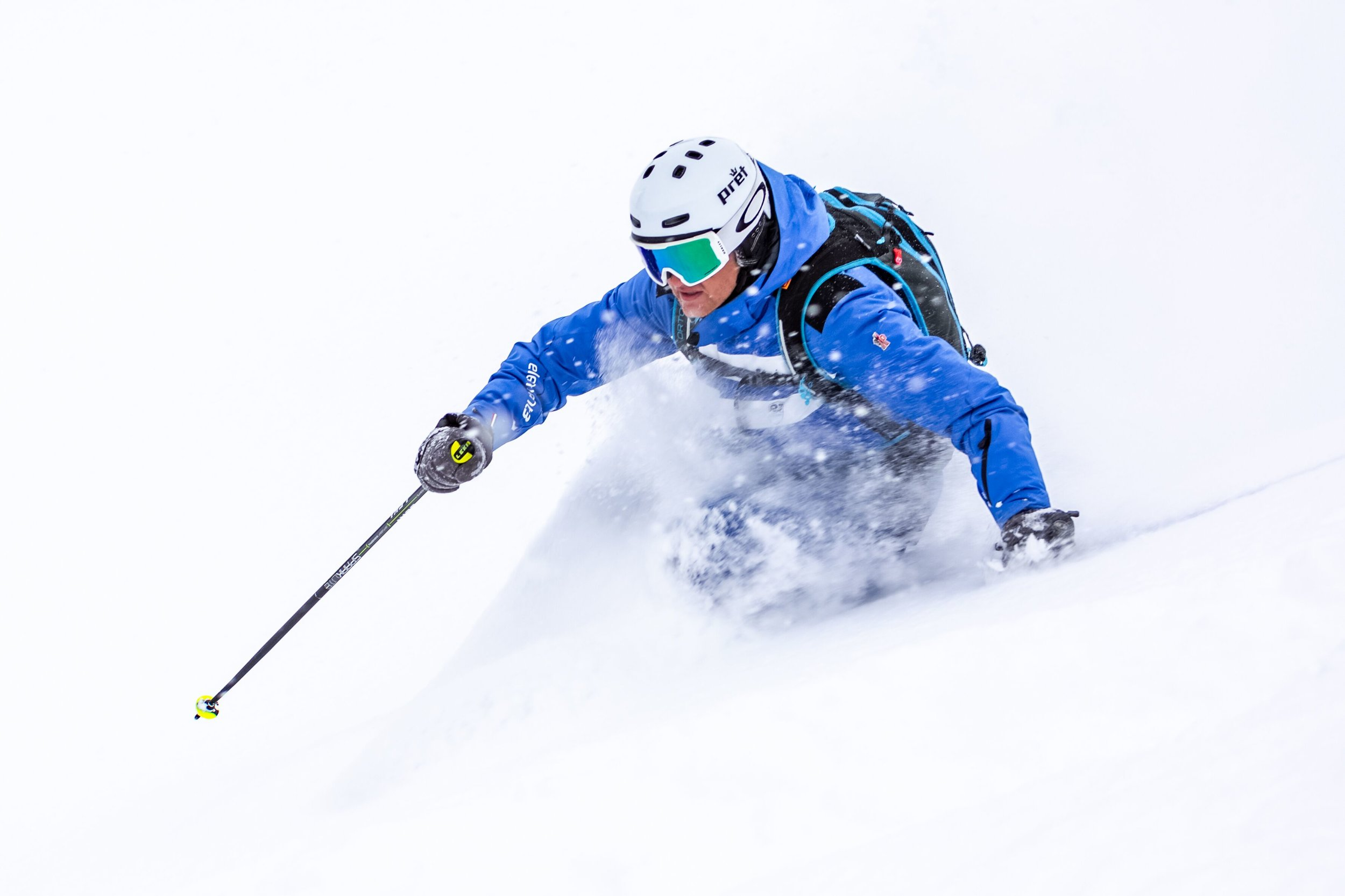powder skiing.jpeg