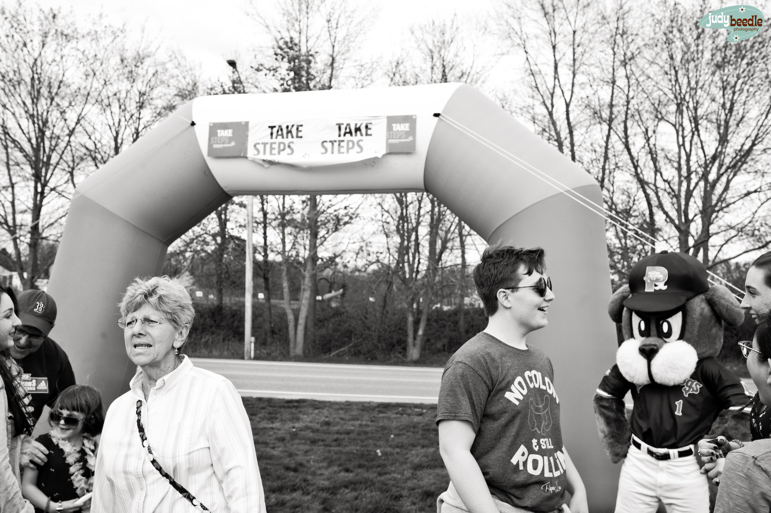 5/18. About to walk for Crohn's & Colitis. This image cracks me up because every face seems to lead you to another face doing another thing…