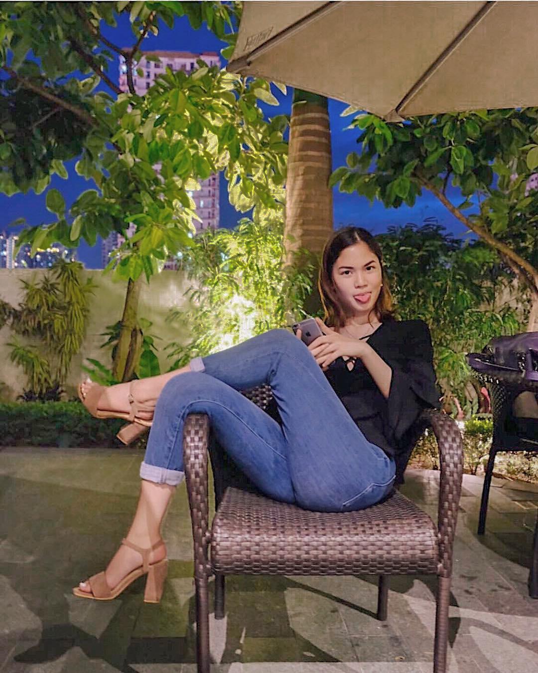 @oviemoriah wears The Estelle 2.0 in mocha