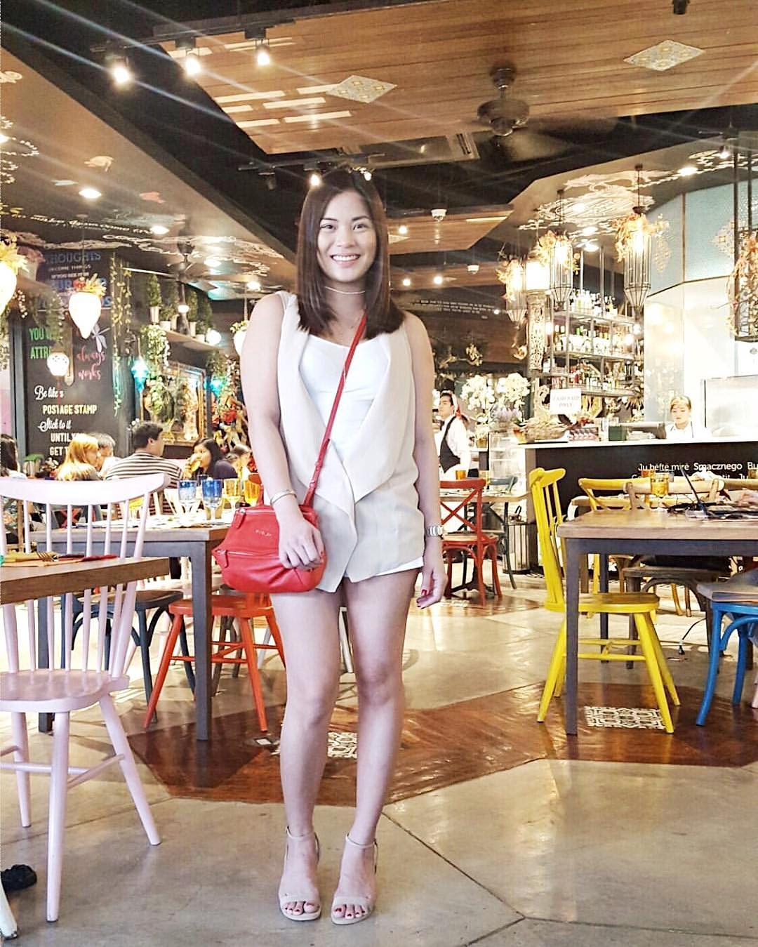 @sublimeprei wears The Maïa in beige