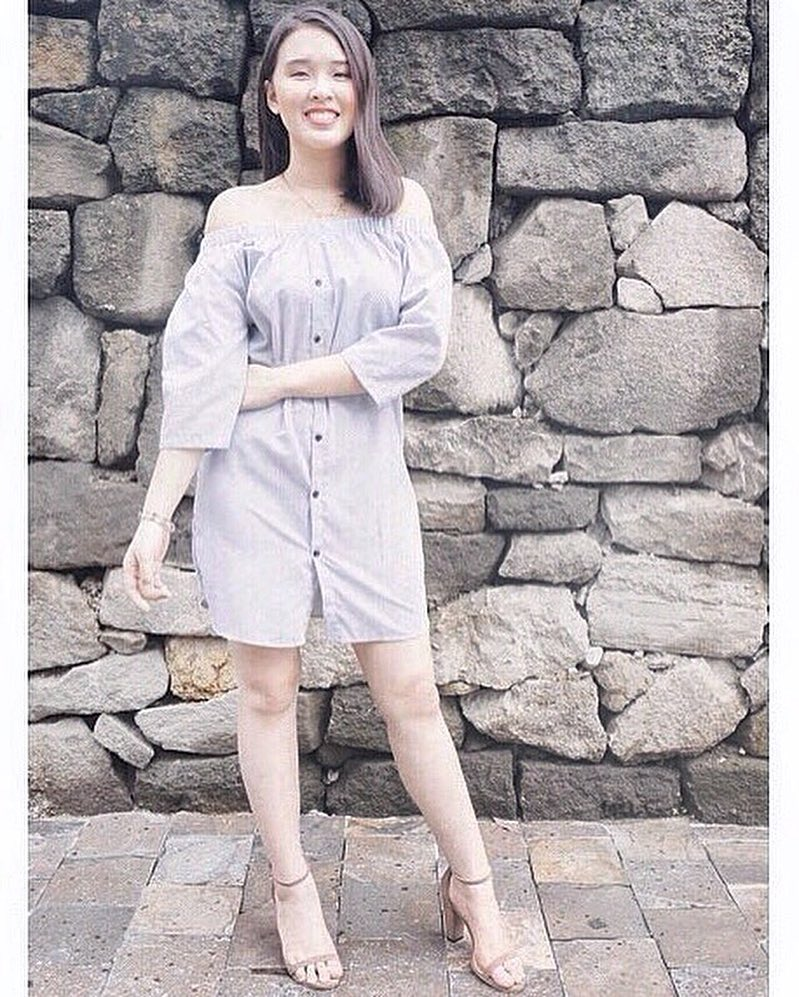 @candisyu wears The Cloé in mocha