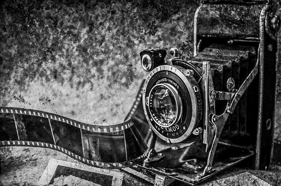 De-fotograaf-zwart-wit-camera-1.jpg