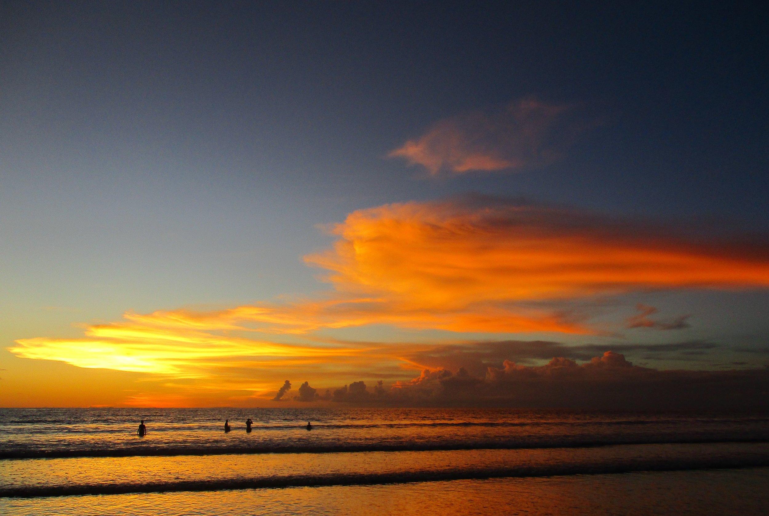 Spotlicht Henk Renkema Kuta beach, Bali.JPG