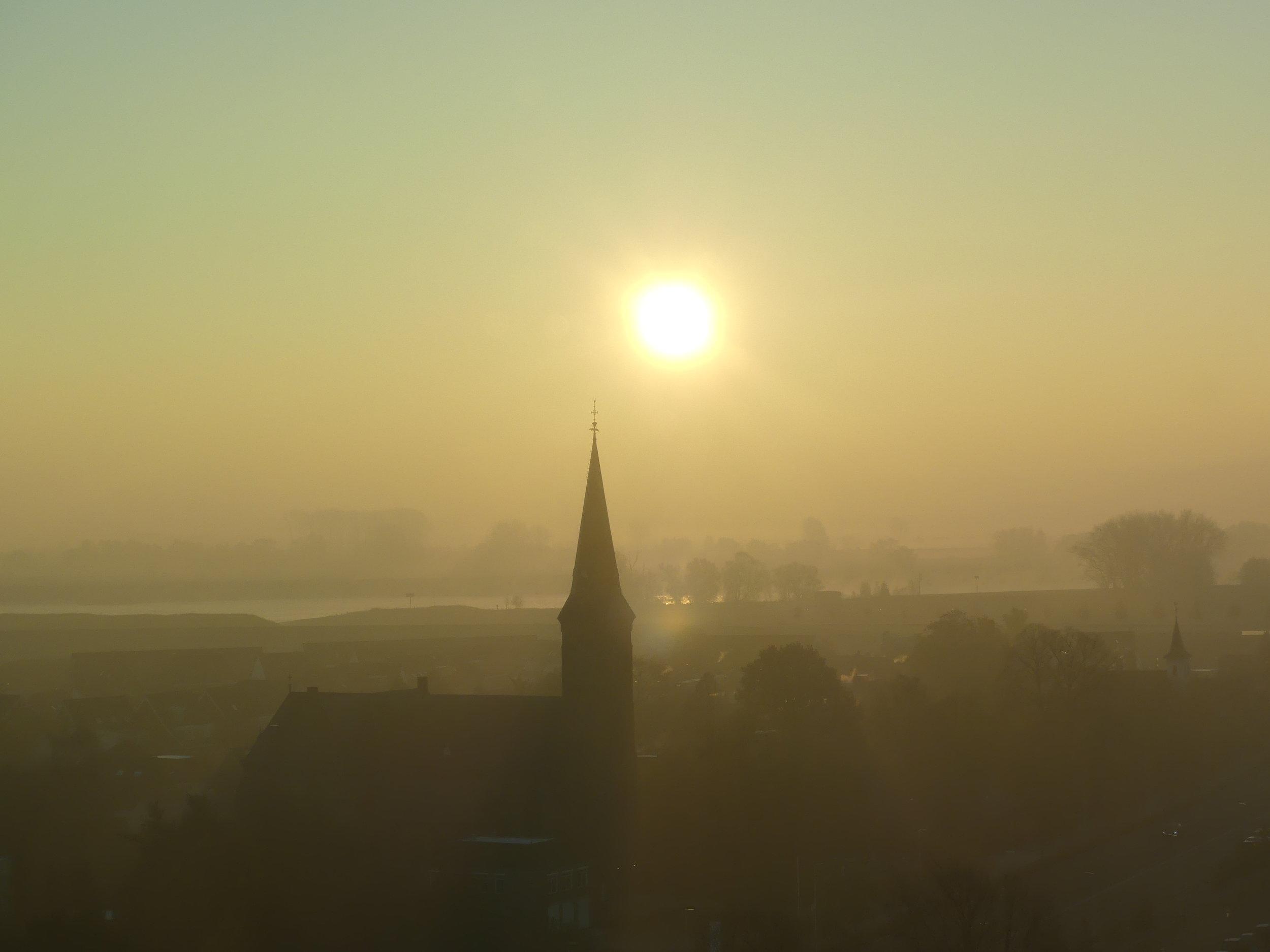 Nijmegen bij avond