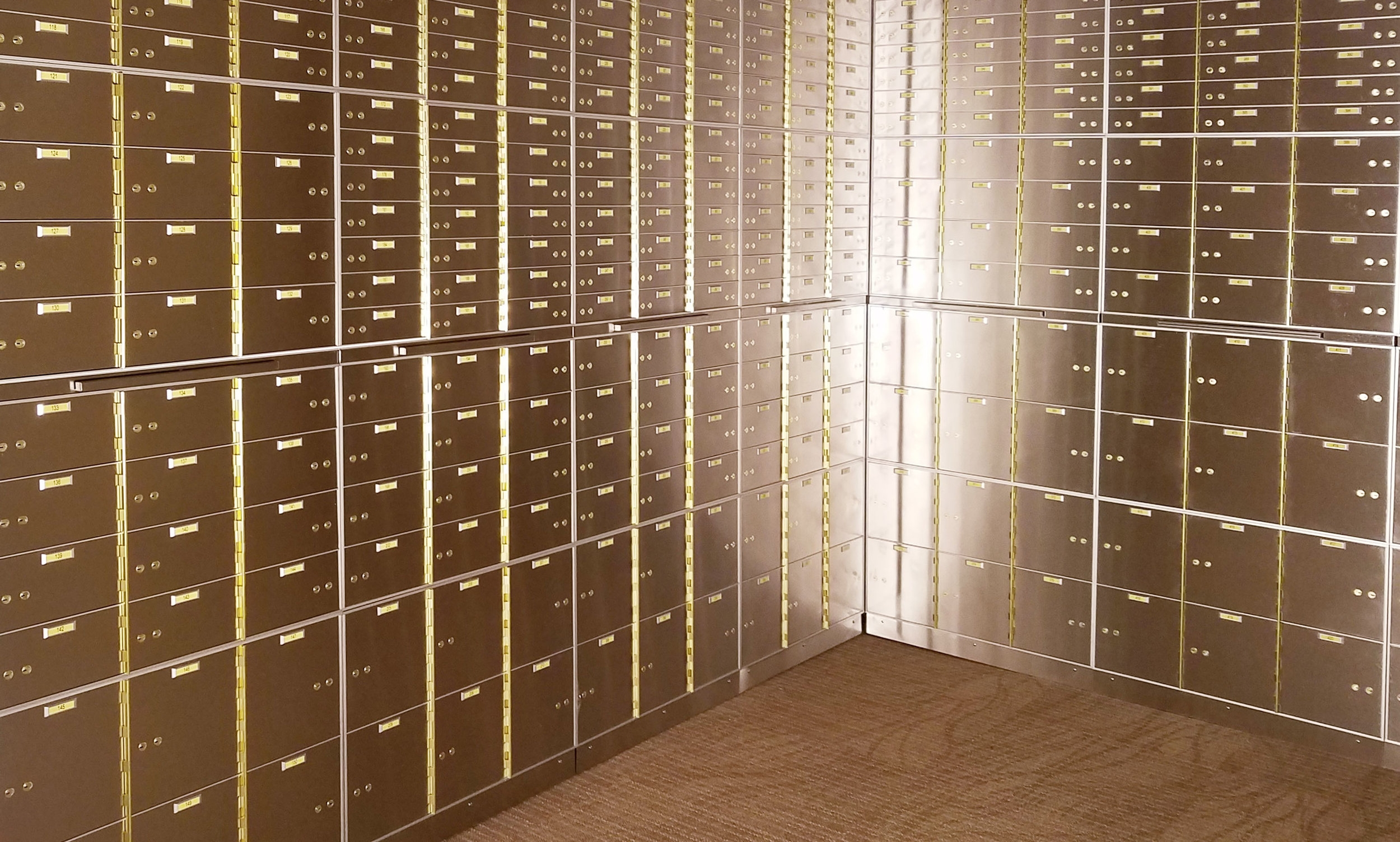 hero-shot-safe-deposit-boxes.jpg