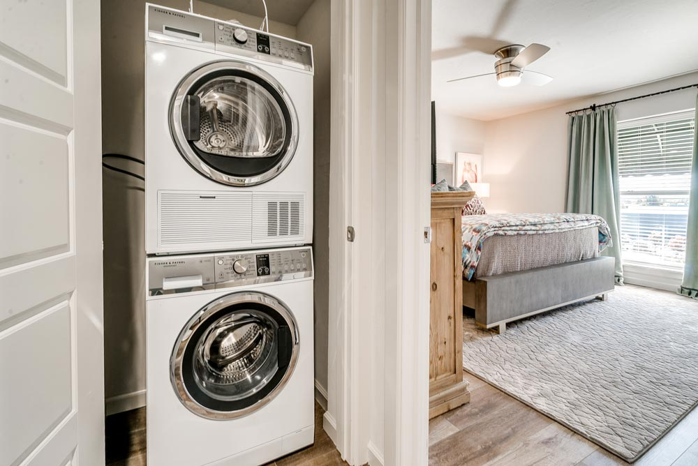 2-bed_2.5-bath---Laundry-web-res.jpg
