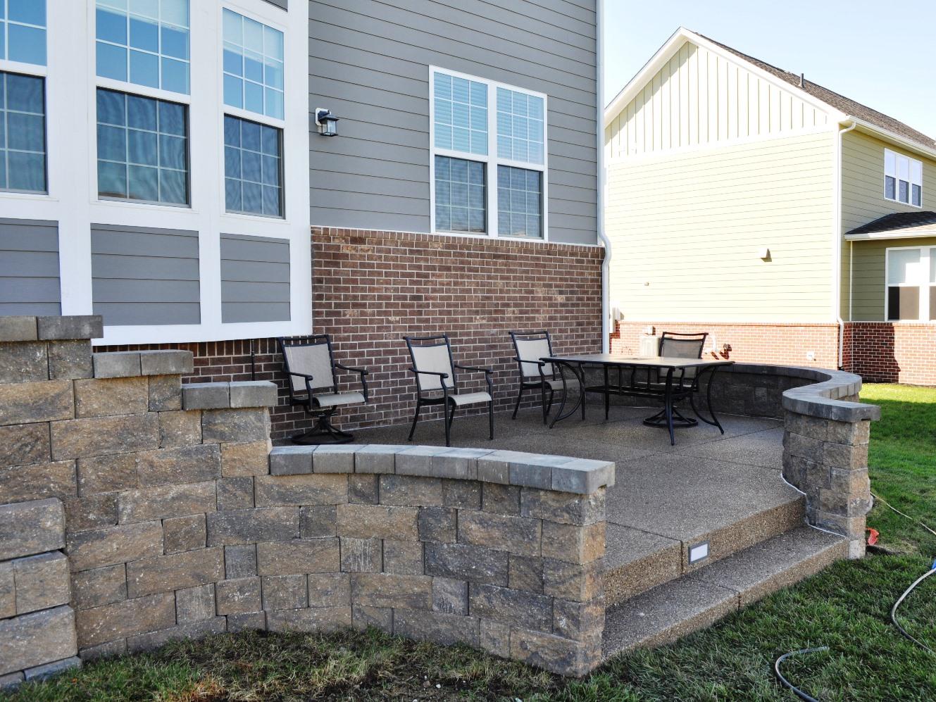 Hickory retaining wall