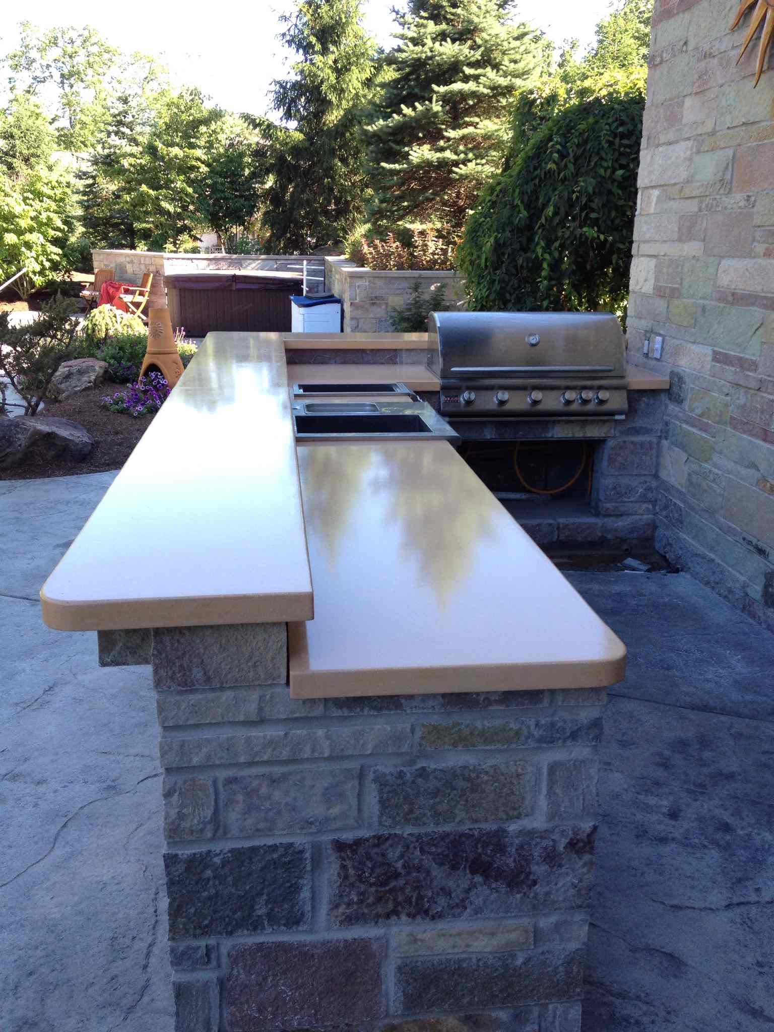 Outdoor bar top with texture finish patio
