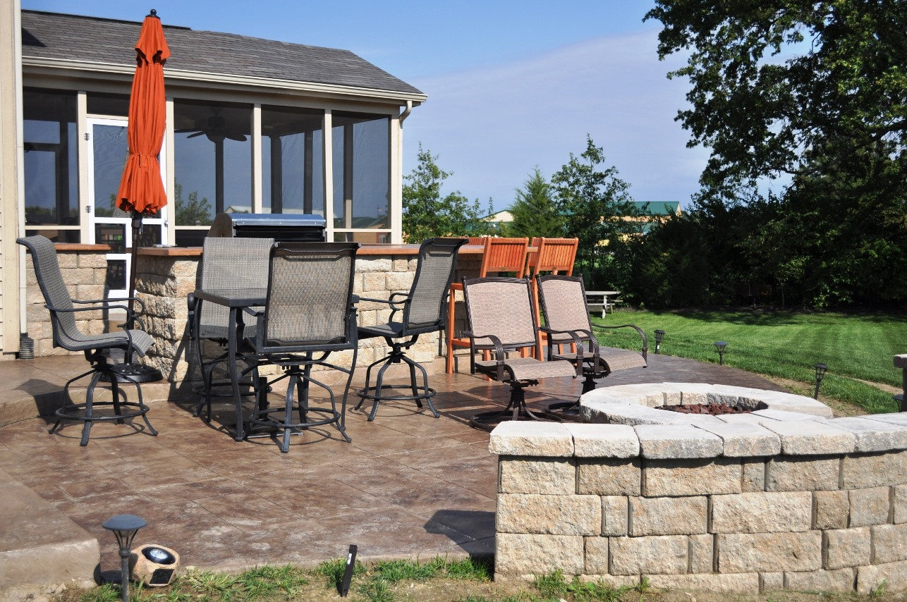 patio, stamped large ashlar slate, mocha, autumn brown ,wall and fire pit, champagne