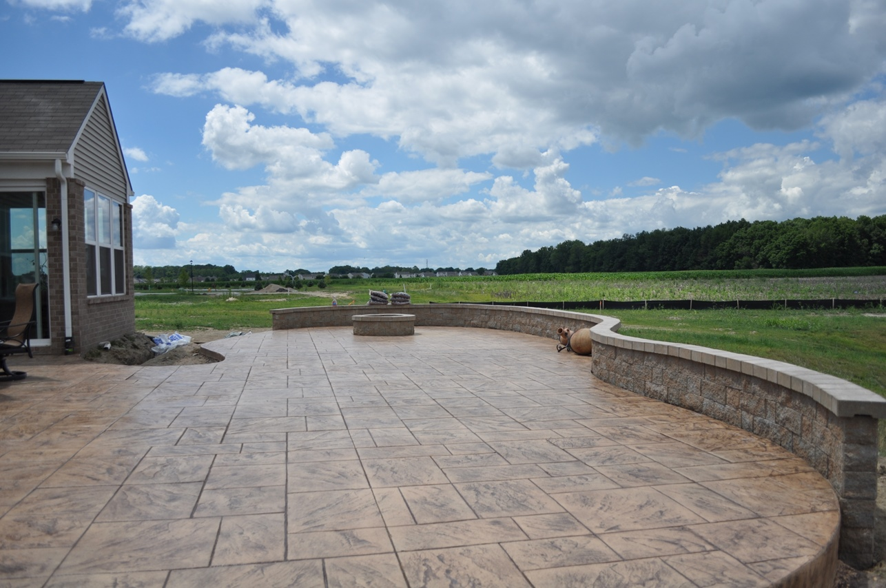 patio, Stamped, large ashlar slate, desert sand, autumn brown, Champagne wall and fire pit 2