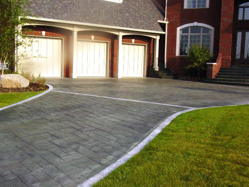 Ashlar Cut Slate with Emerald Green Charcoal Gray Release Border Old Granite Sable Gray Charcoal Release