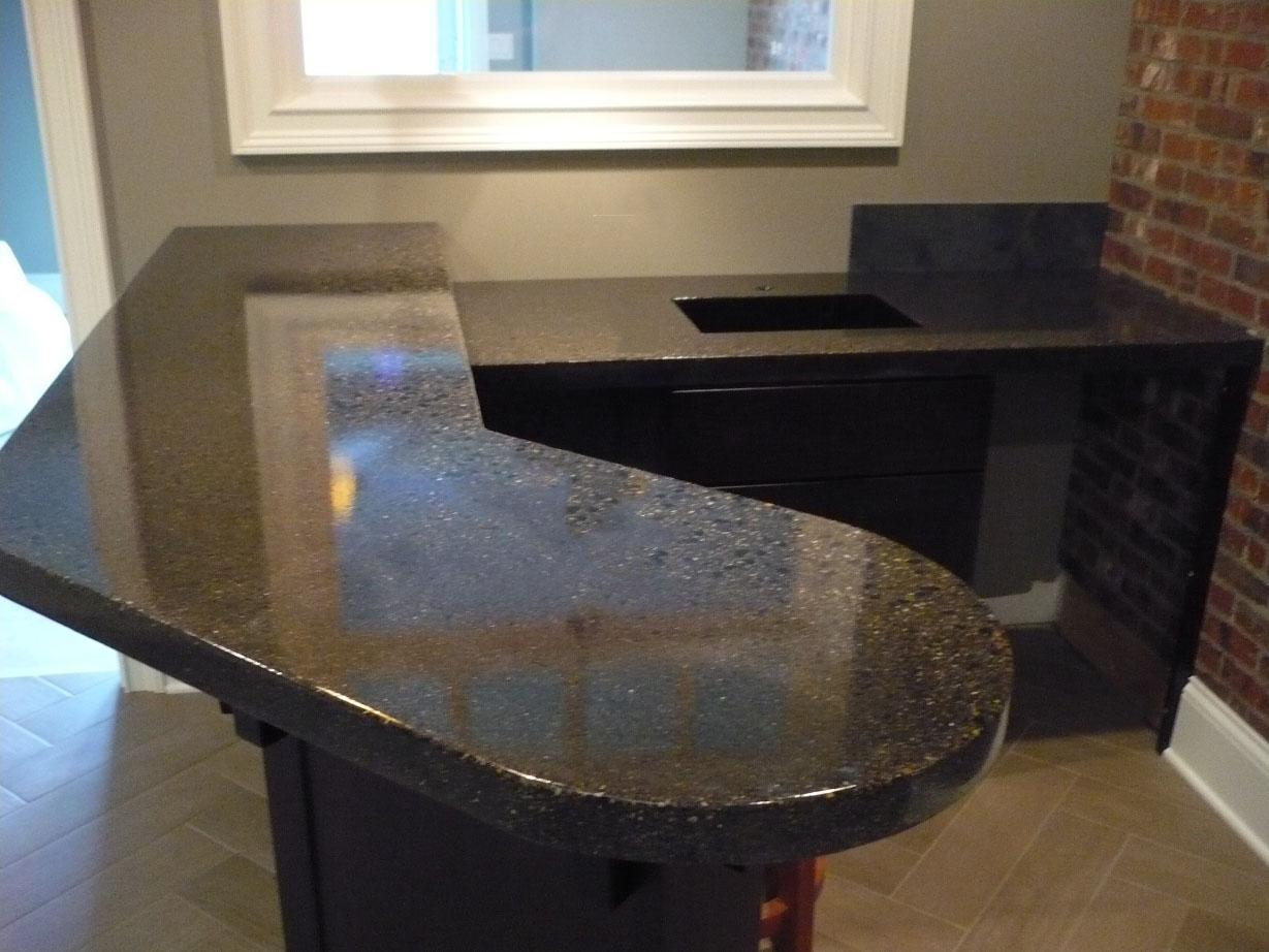Countertop, Pour and Vibrate, Chang, Charcoal, Black and Clear Glass, and Fossil, Embeds, Epoxy Sealer