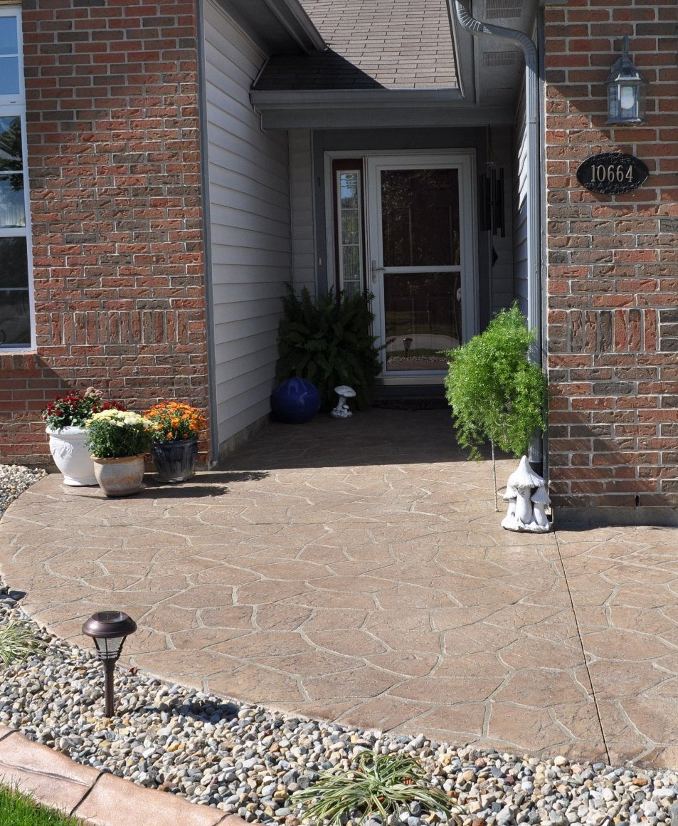 Entry, Stenciled Flagstone granite texture, Oyster White, Autumn Brown