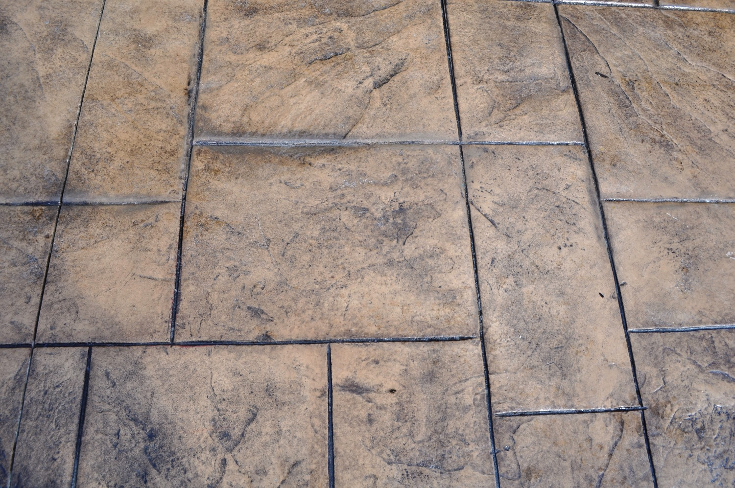 Large Ashlar Slate, Mesa Buff, Dark Walnut.JPG