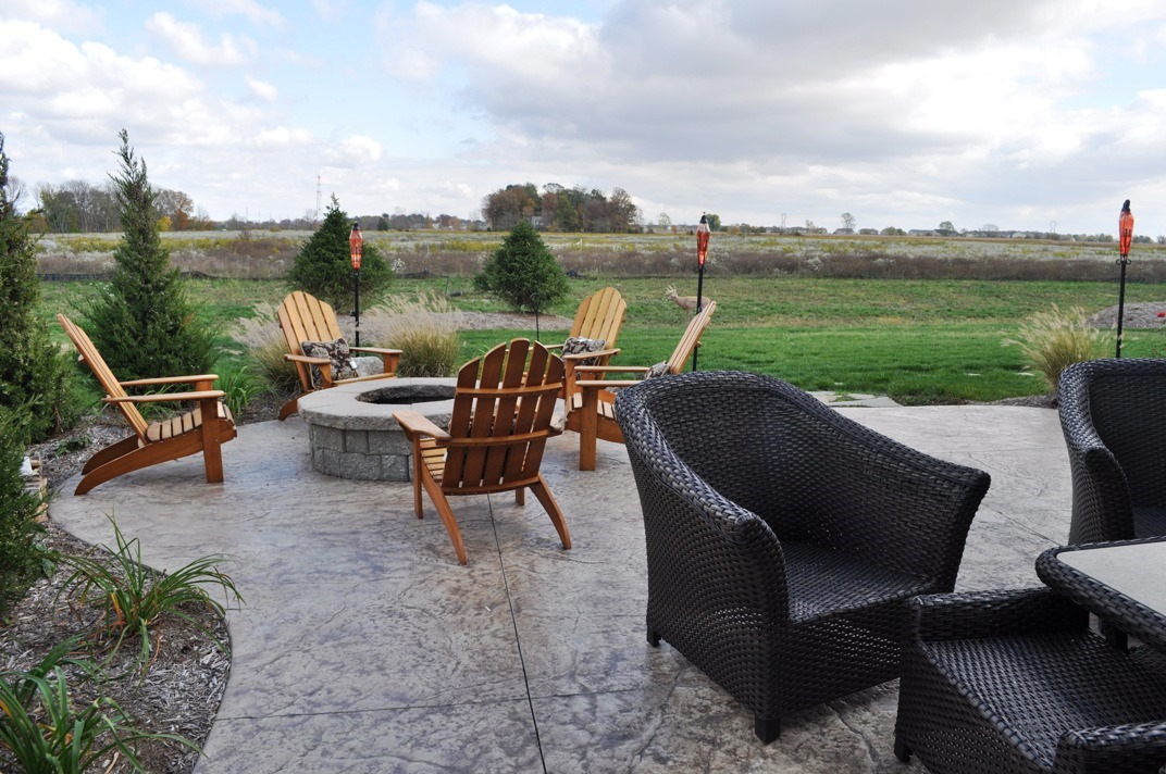 2a Old Granite Texture, Oyster White color, Autumn Brown release and Limestone firepit 11.JPG
