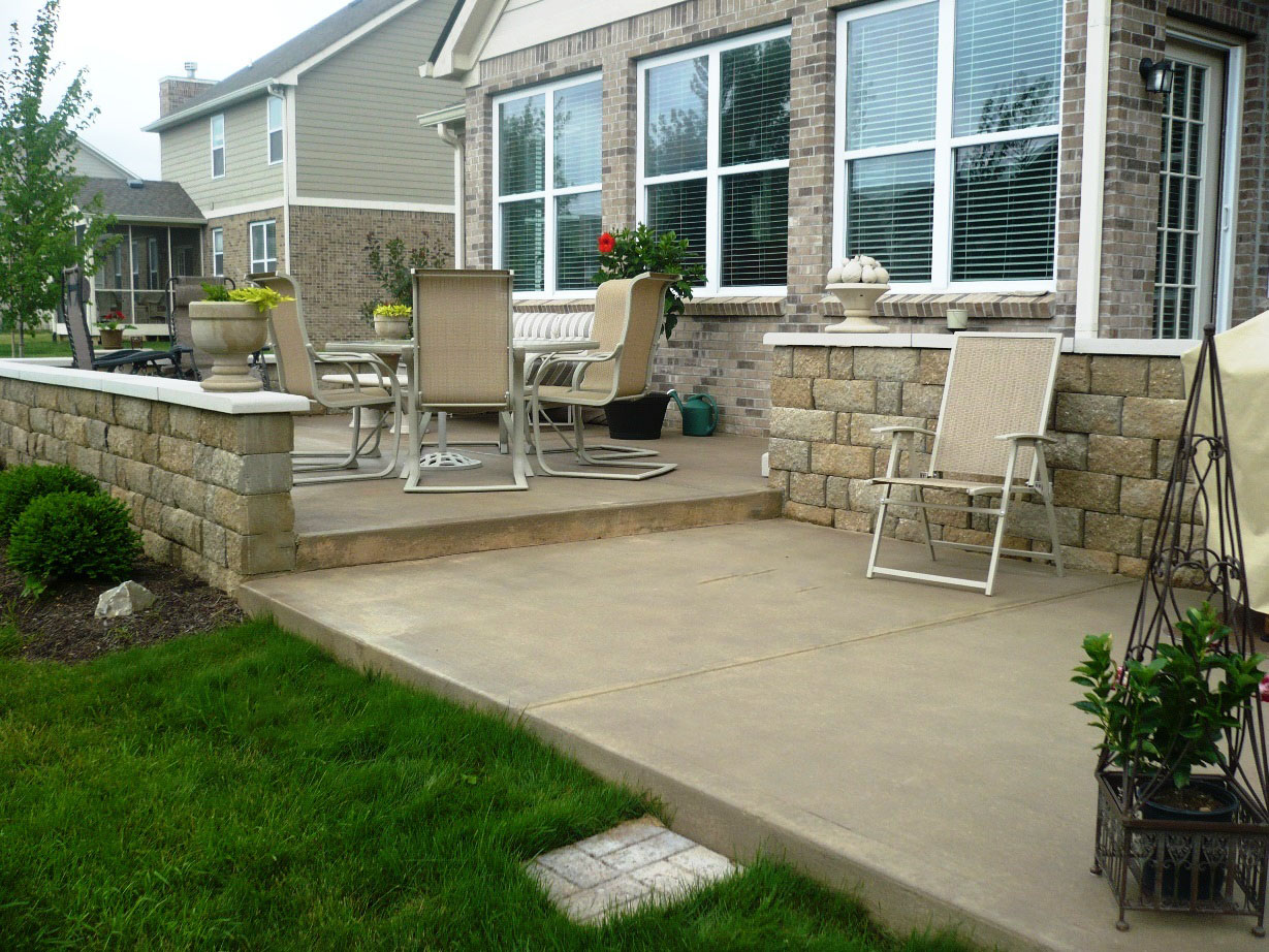 Acid Stain Patio, Burnished copper (diluted)