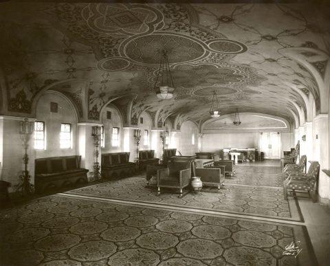 0907_CityCenter_Historic_Mezzanine_Lobby.jpg