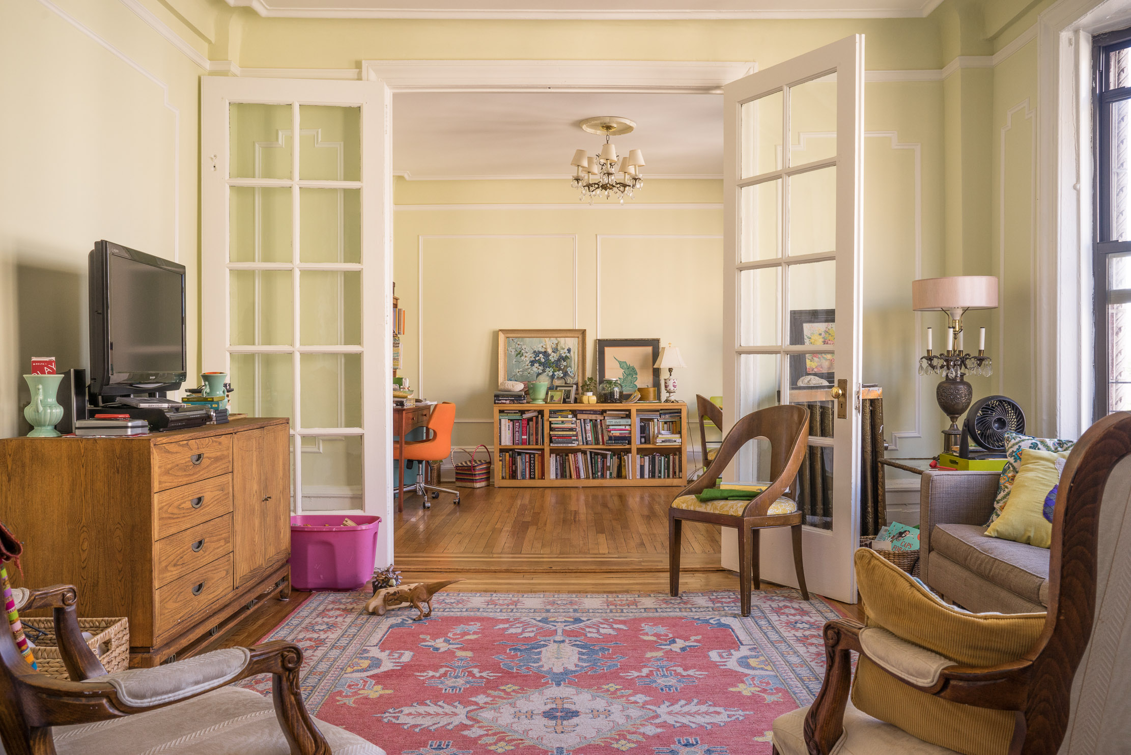 Classic UWS Living Area at 544 W 157th