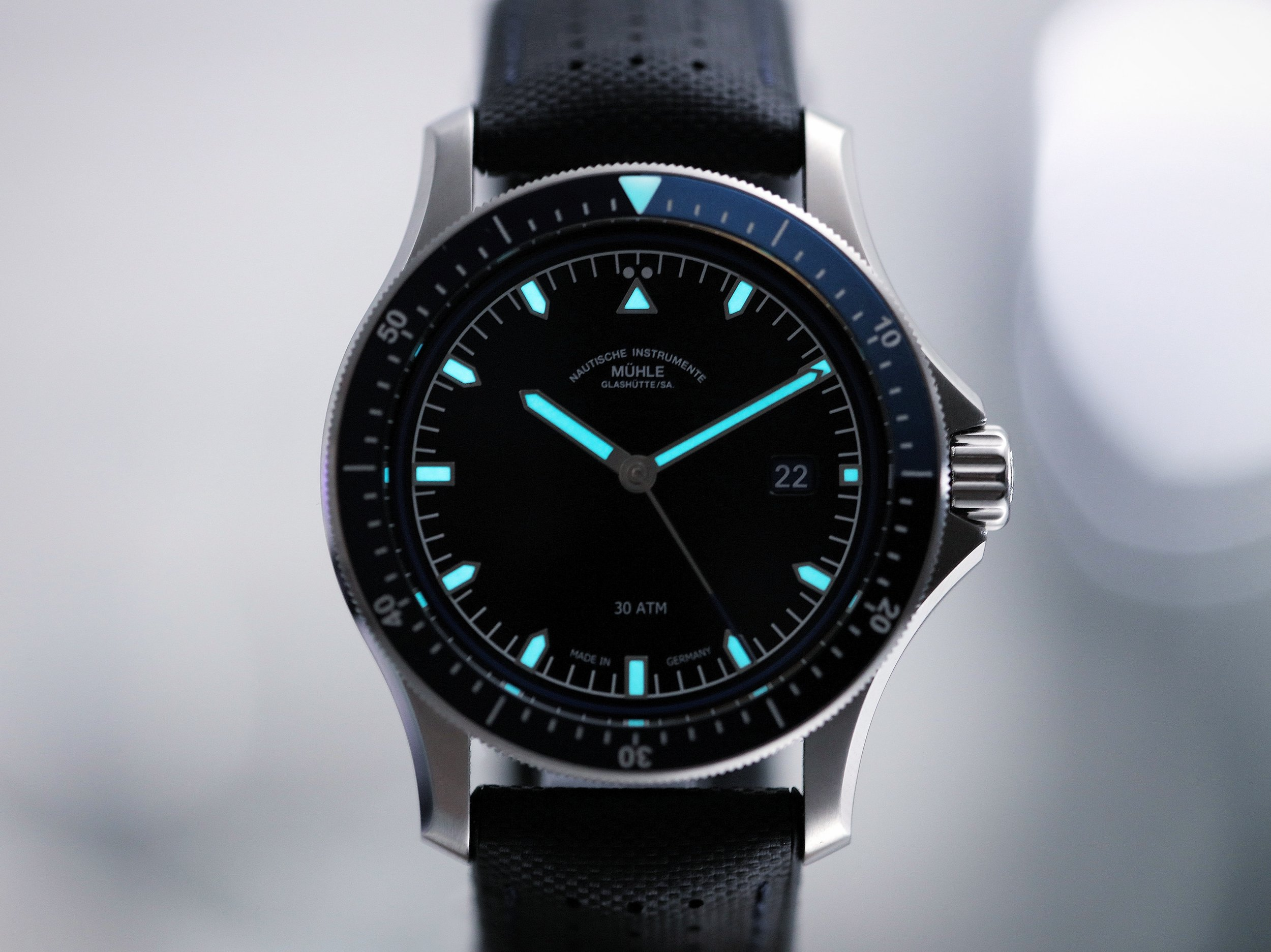 Icy fresh, blue lume. Of course.