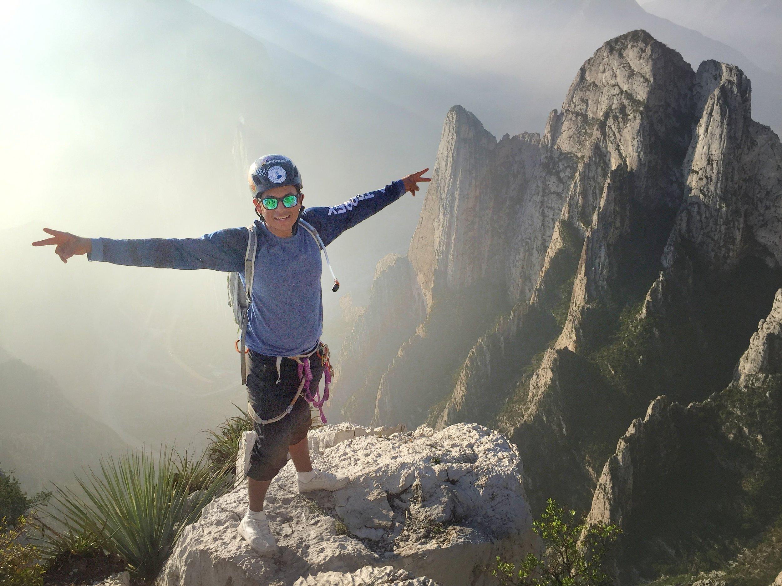 cesar, youth mentor for Escalando Fronteras - www.escalandofronteras.org