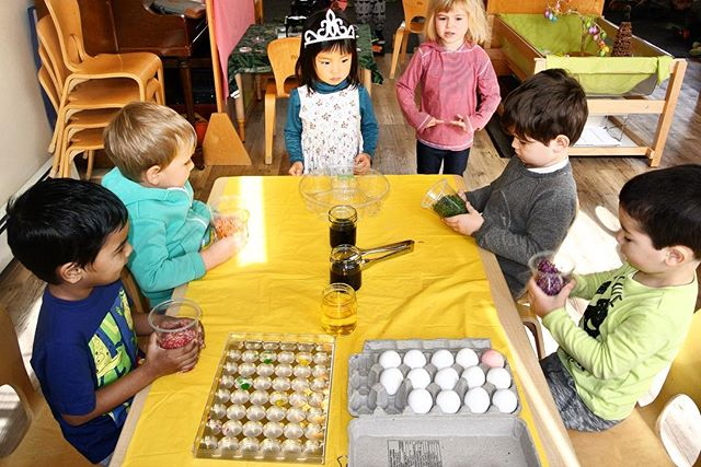 We take a serious approach to springtime egg-dyeing at University Hill Preschool. Each of our students had a chance to customize their egg and express themselves creatively. Signups for the 2019-2020 school year are already underway! Details are available on our website!