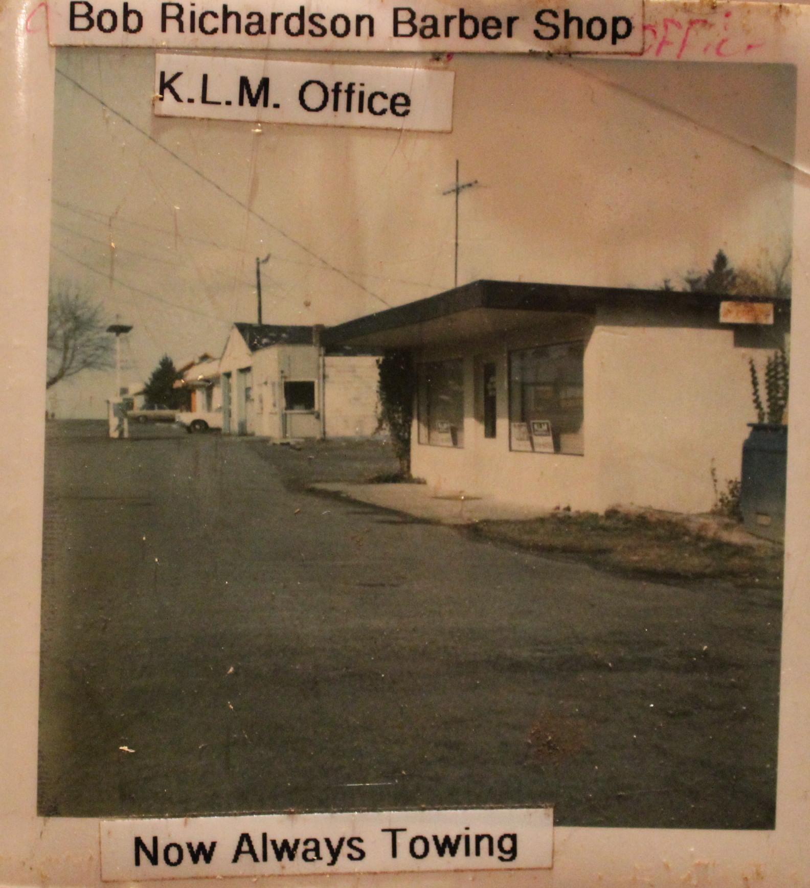 KLM Office Sandy 2.JPG