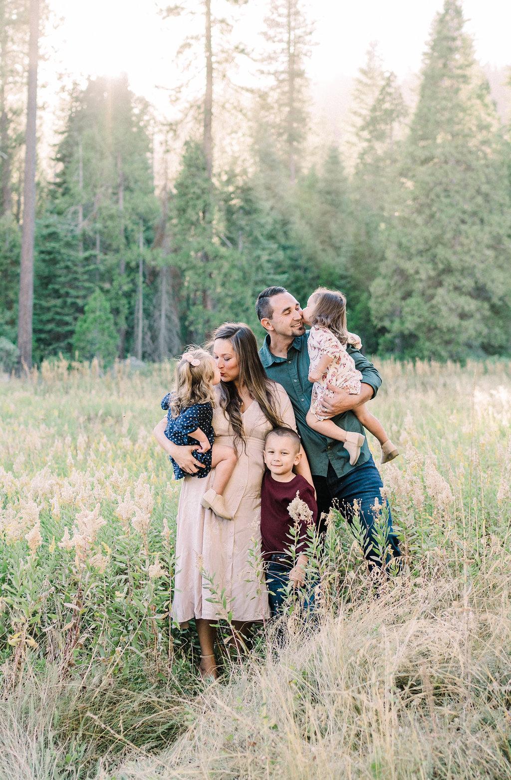 fresno-family-photographer-3.jpg