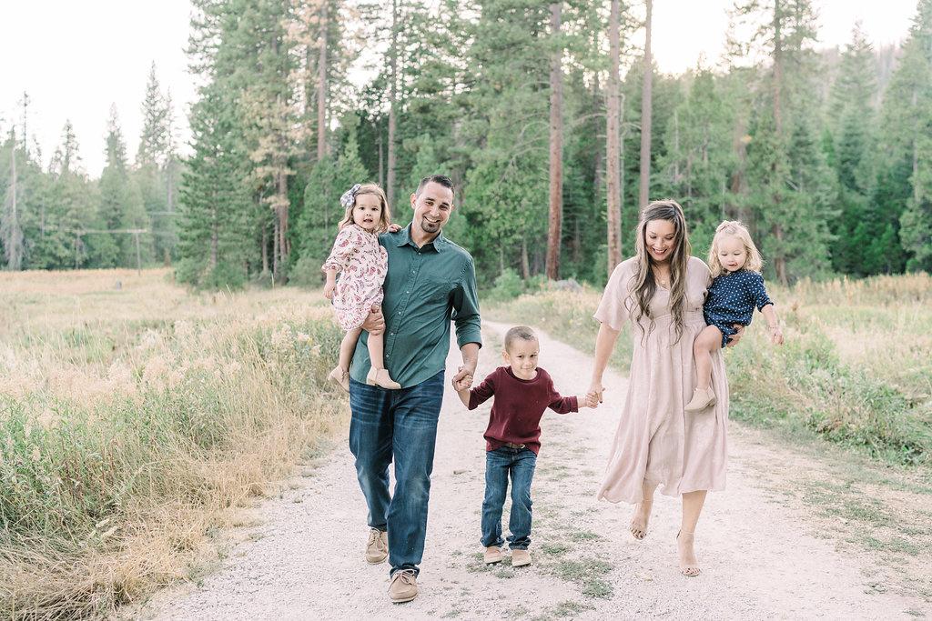 fresno-family-photographer-11.jpg