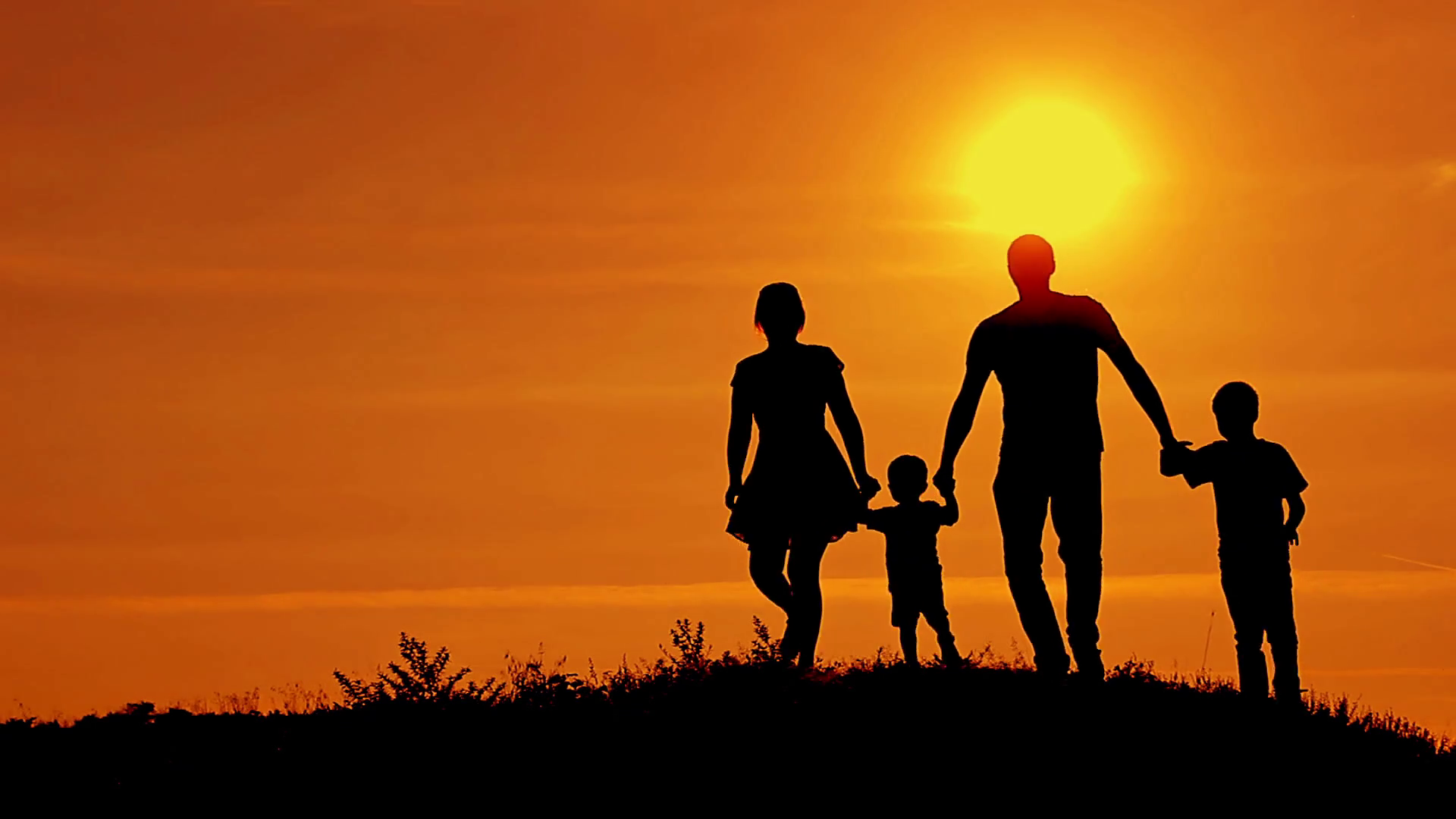 Functional Family:Creating the Road Map - Many of us wish that our parents had better modeled for us how to be a fully empowered man or woman, living our most radiant life; or how to create a conscious intimate relationship; or had provided us a road map as to what a well functioning family life looks like. Although they did the best that they could, we may find ourselves in need of more guidance, skills, and tools in order to truly thrive in our families and in all aspects of our life.Our process offers parents a road map to the kind of dynamics that allow the entire family to truly thrive!