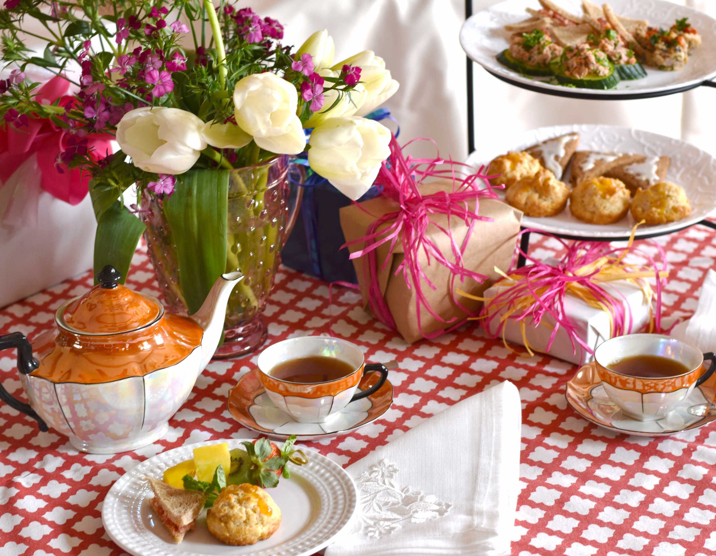 Heartfelt Catering Tea Party Table sm.jpg