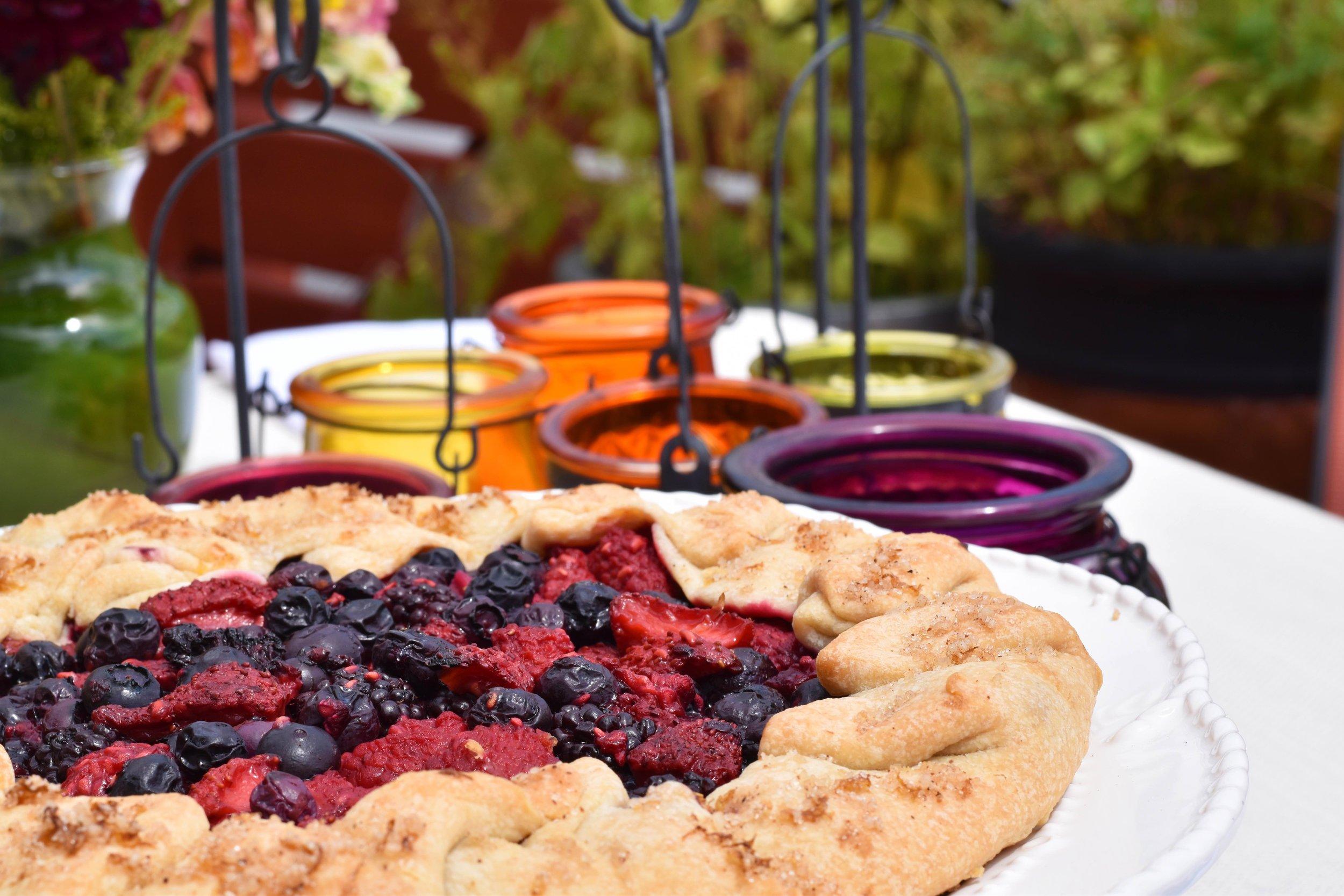 Heartfelt Catering Fruit Tart sm.jpg