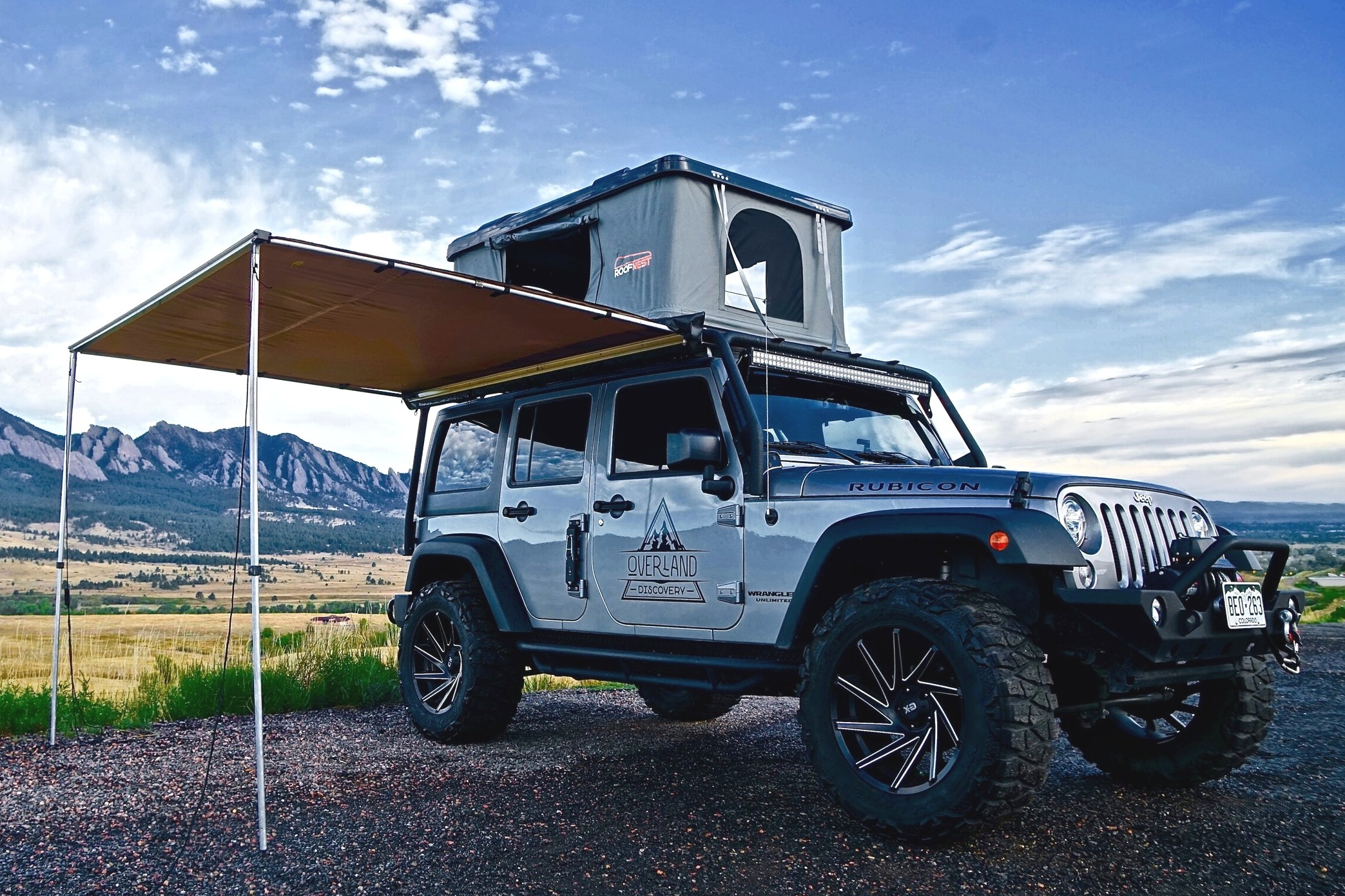 Jeep Wrangler Rubicon Camper Rental Roof Top Tent