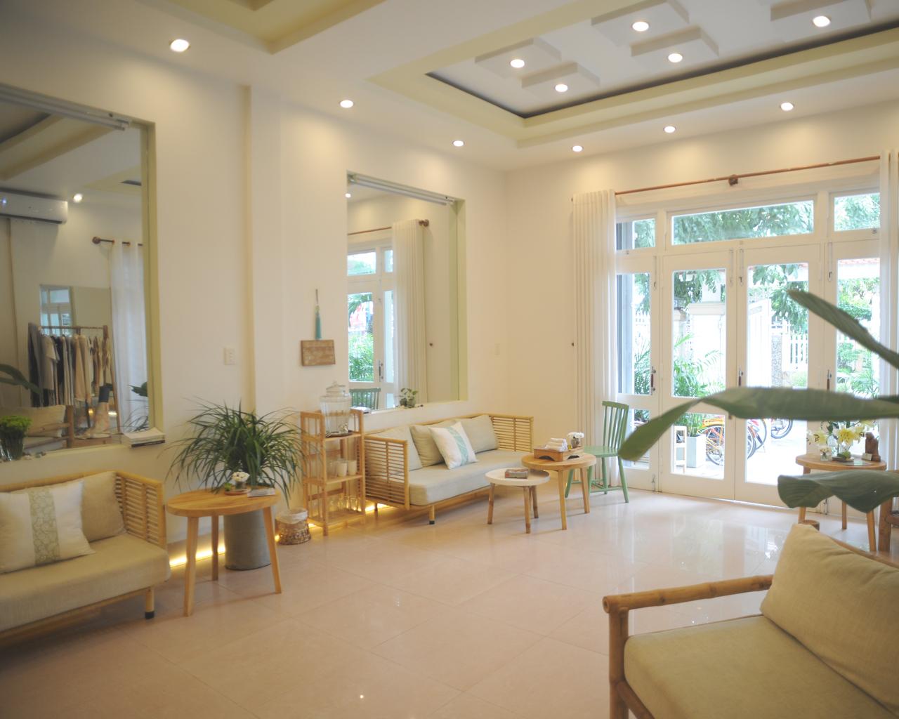 A Luminary Life Lounge