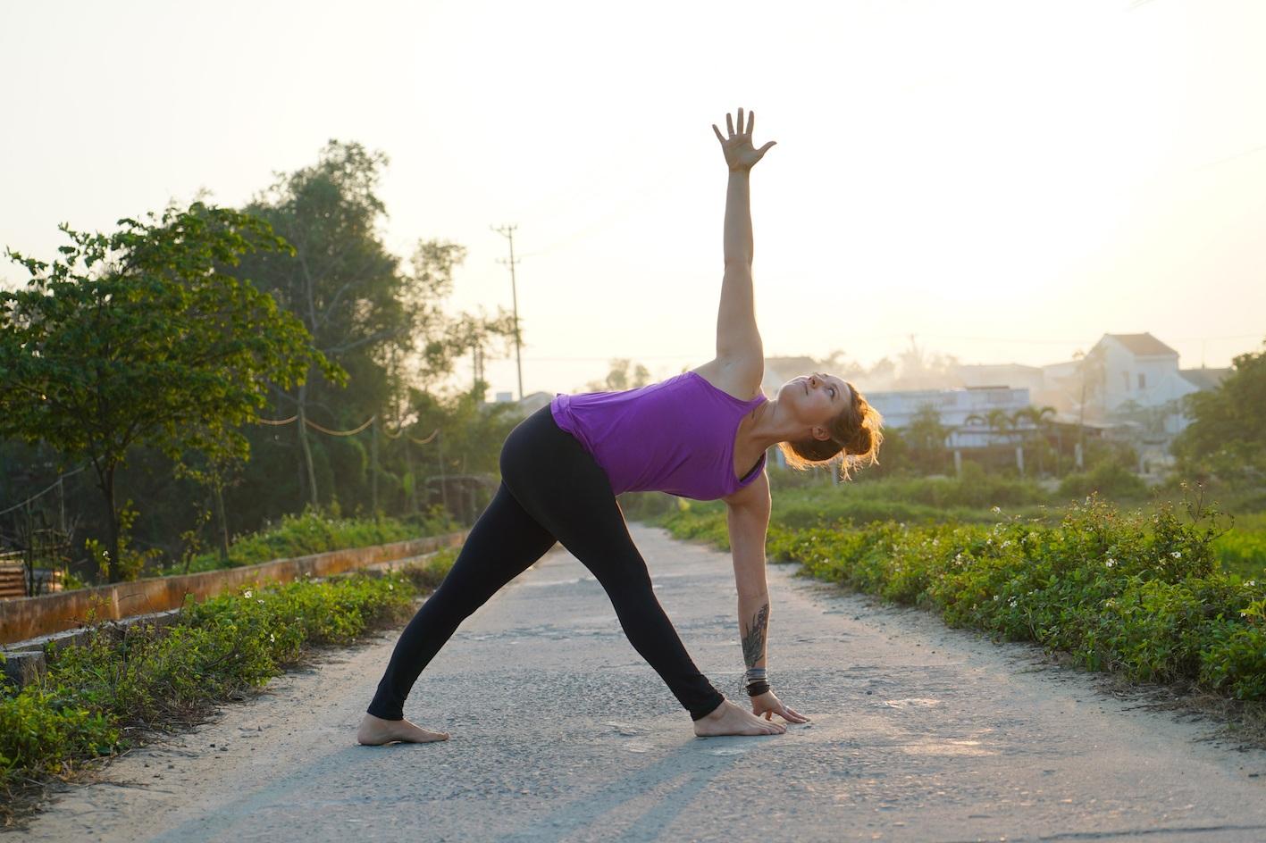 yoga-burn-out-Twisted-Triangle.jpg