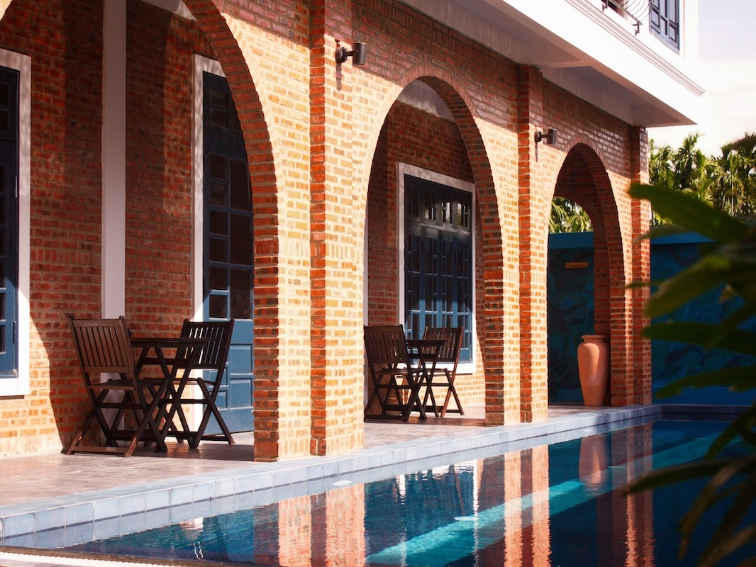 Pool+and+Rooms+Gratitude+Vietnam+Reduced+copy.jpg