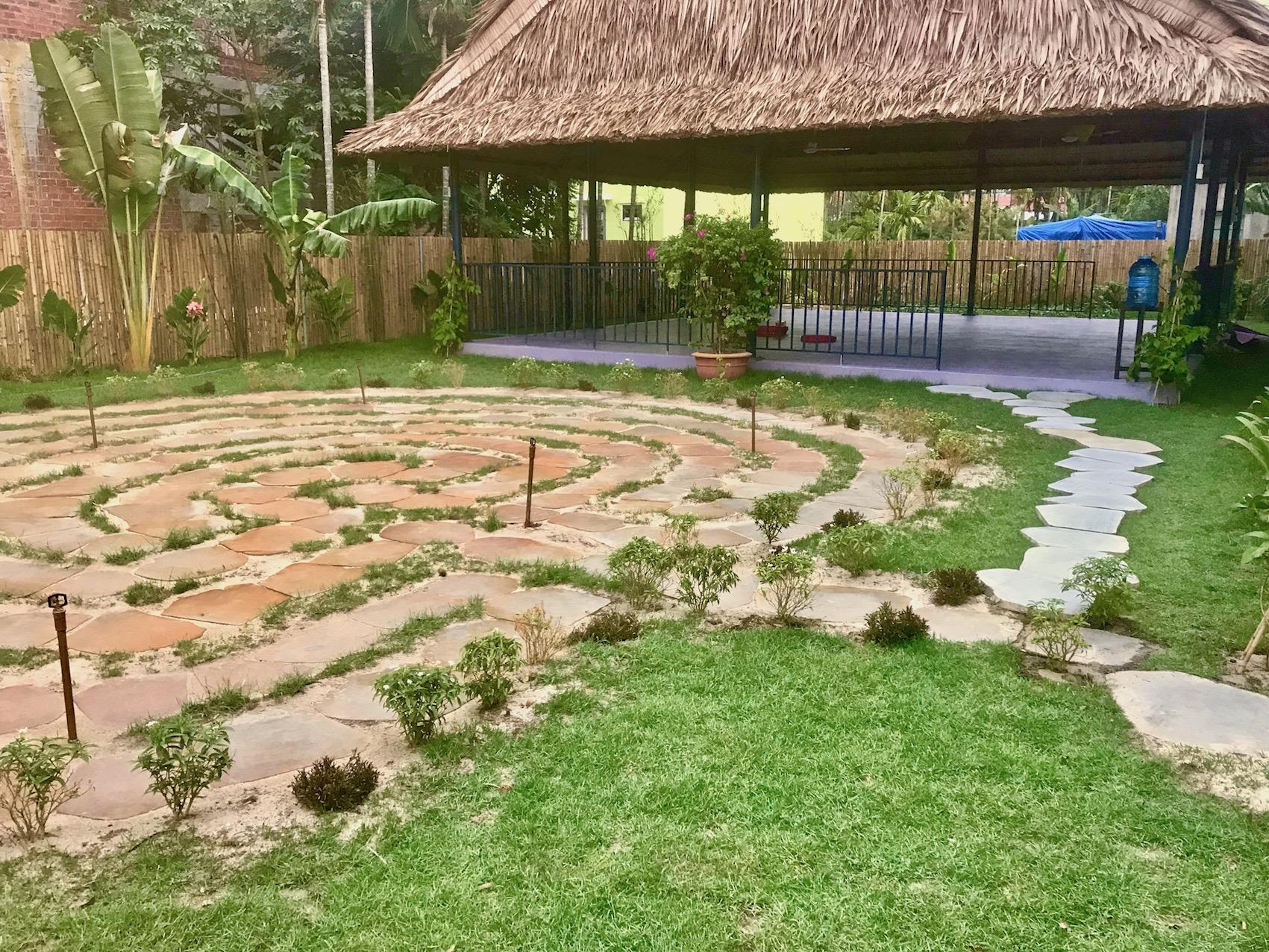 walking-labyrinth-yoga-sala-gratitude-vietnam.jpeg