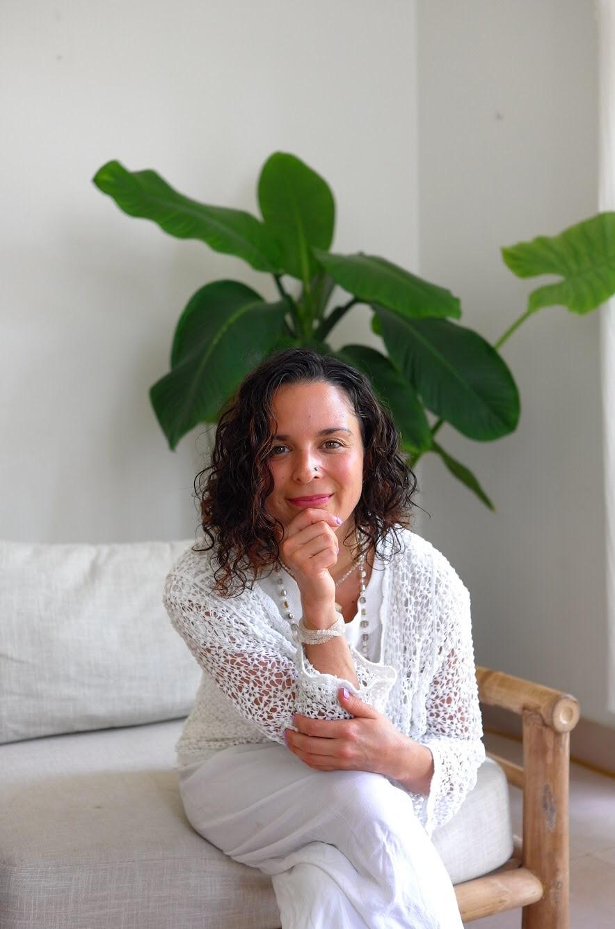 aryana-solh-wellness-practitioner-3.jpg