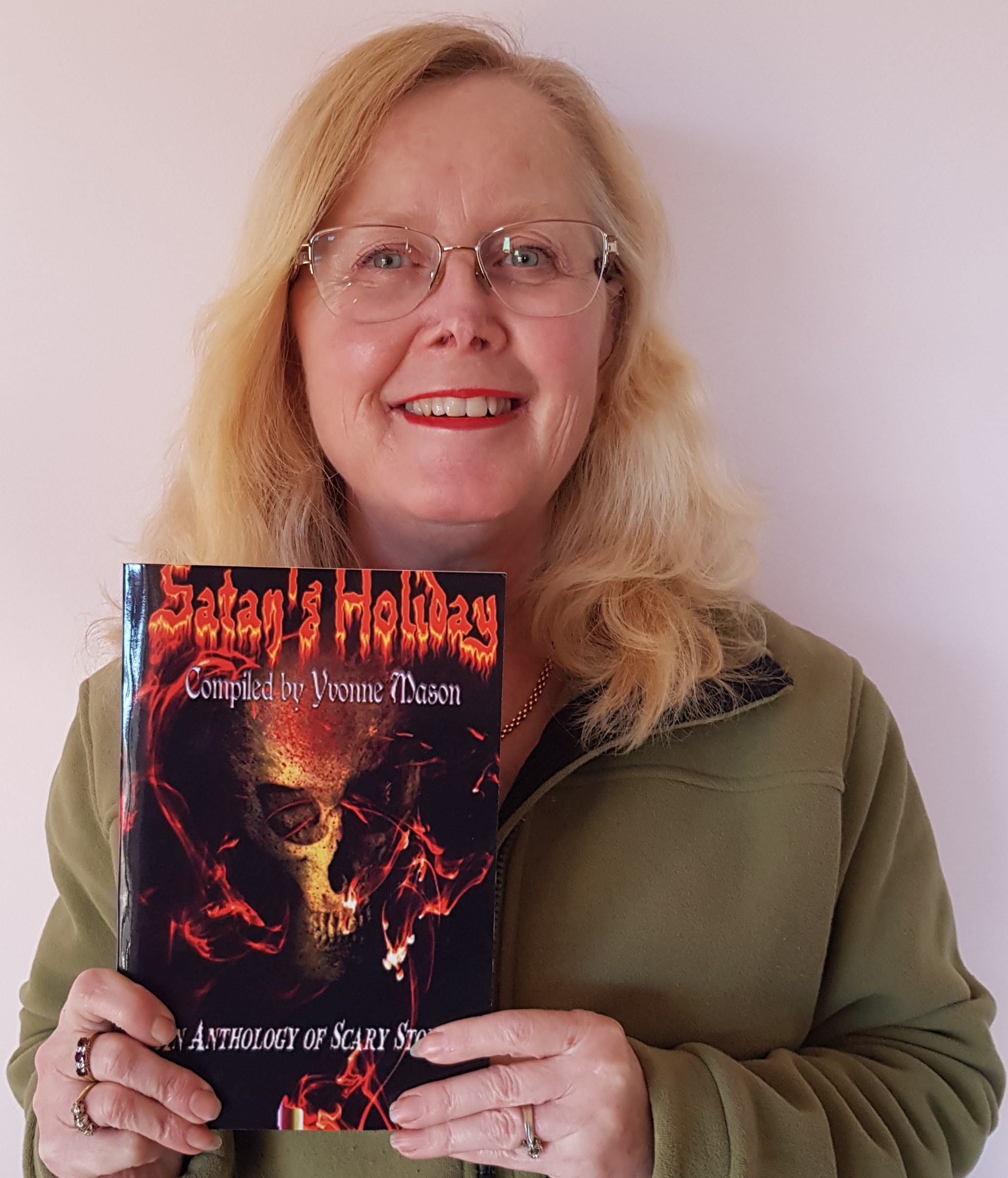 Satan's Holiday - An Anthology of Scary Stories