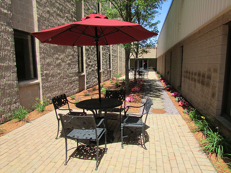 Canton Corporate Place_Outdoor Patio.jpg