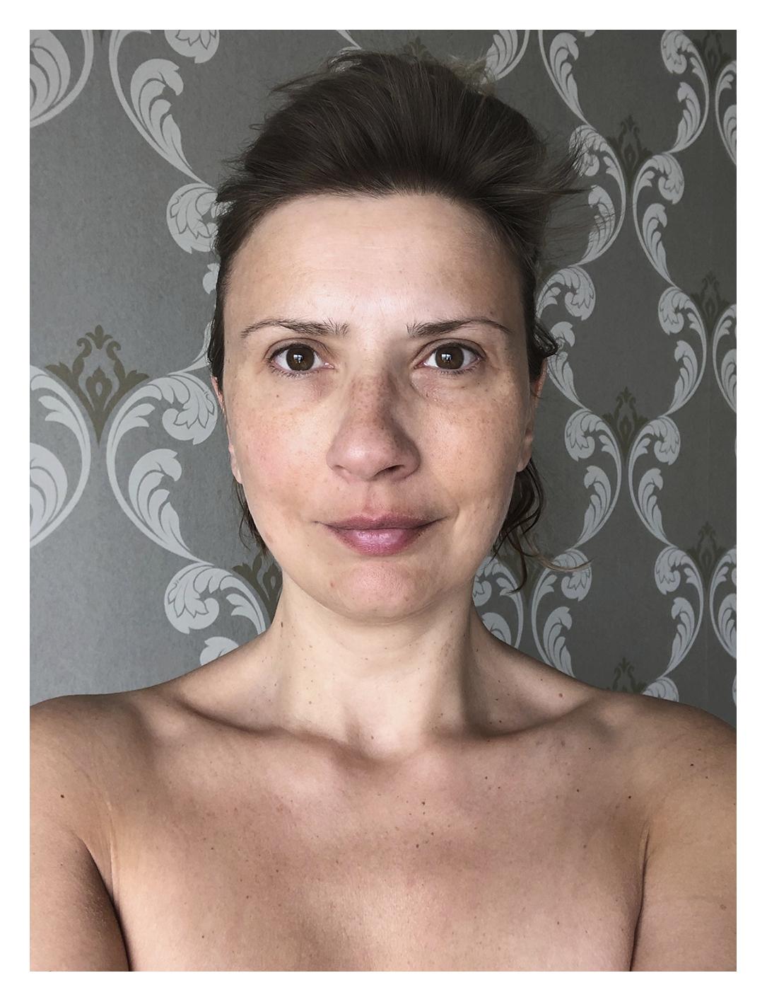 exercice d'autoportrait : moi au naturel