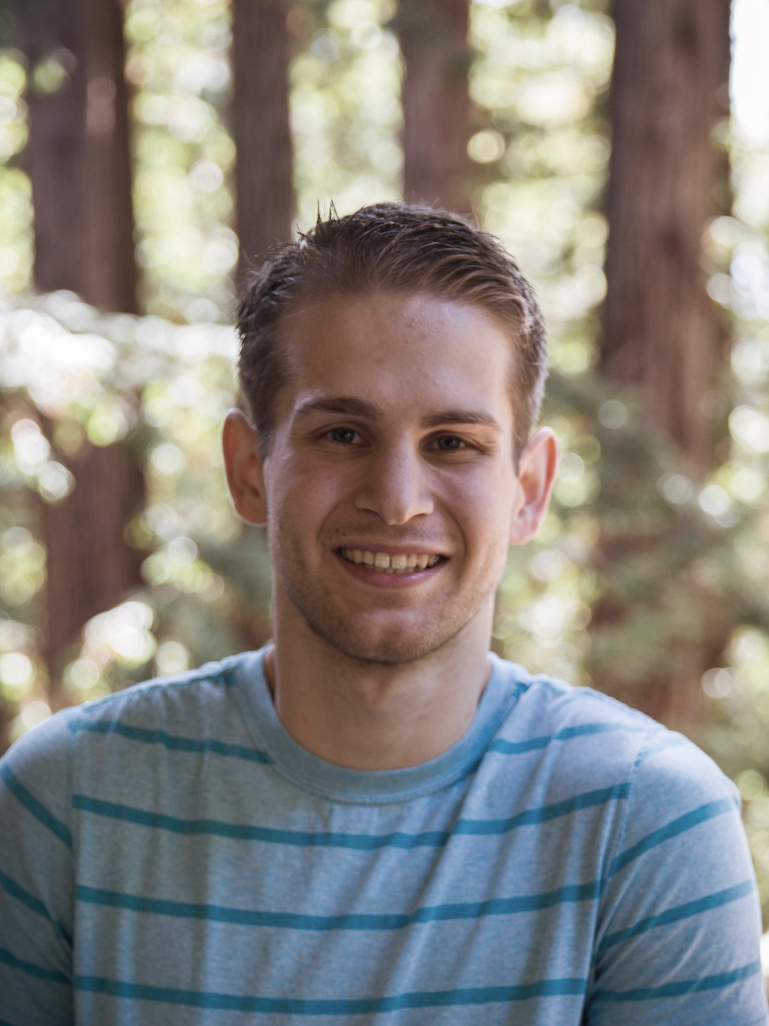 Maverick McLanahan (Physics)  Maverick received his  B.S.  and  M.S.  in  Physics  from  WWU (2015)  and  UCSC (2018)  respectively. He is currently pursuing his  Ph.D  in  Physics at UCSC . His research focuses on fabrication and characterization of phononic metamaterials for acousto-fluidics, surface plasmon resonance devices and uses of novel biophotonic sensors for electrophysiological applications.