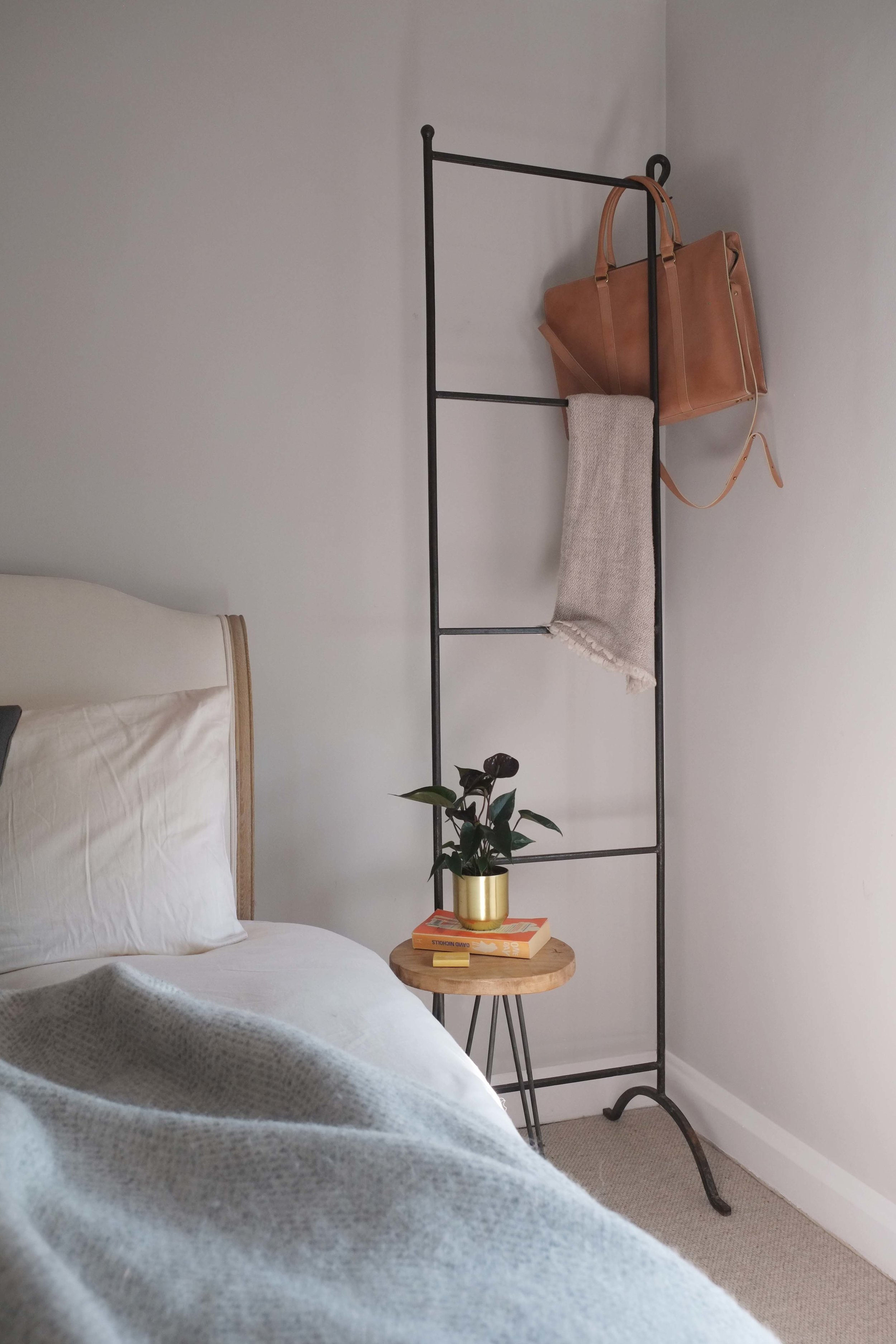 lunarlunar_interior_design_apartment_art_deco_deanhill_bedroom.jpg