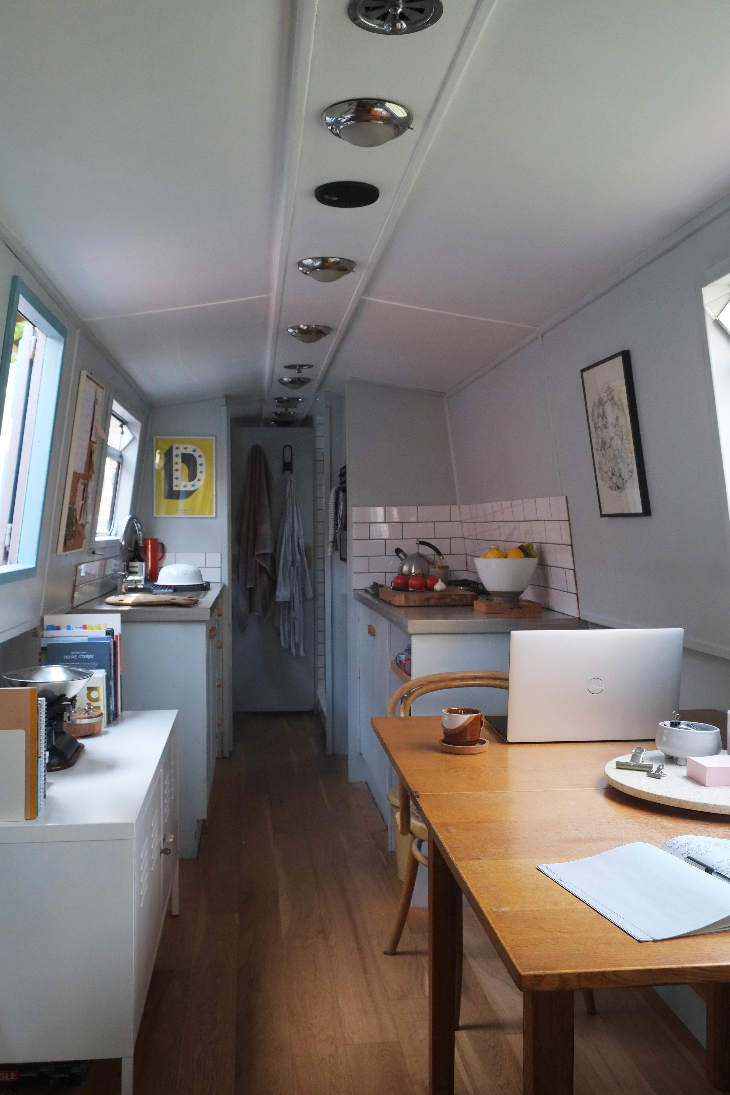 lunarlunar_interior_design_canal_boat_small_space_kitchen_office.jpg