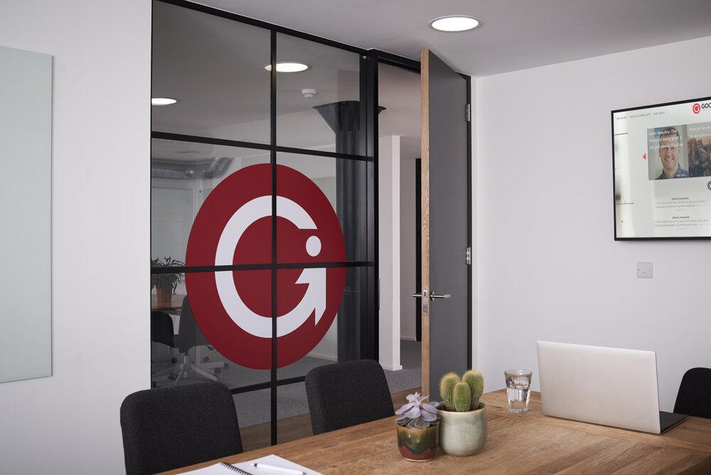 lunarlunar_interior_design_office_modern_good_innovation_meeting_room.jpg