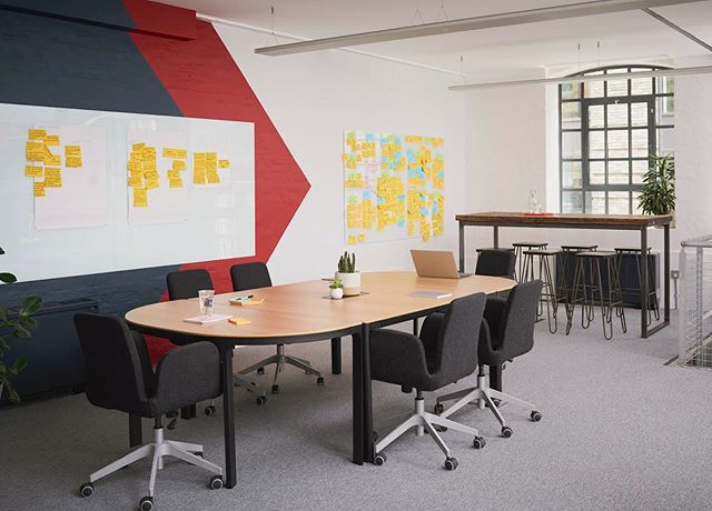 Workplace Interior by @lunarlunarstudio  Based within a converted warehouse in London's South Bank, this client required design solutions that would bring colour, personality and order to their working walls. Magnetic, glass whiteboards offer dedicated work zones with options for display, and a custom-design paint treatment was applied to the walls, inspired by the brand logo. For more on this project follow the link in our bio. Photography by @timjphoto Wall Treatment by @delamareandsons