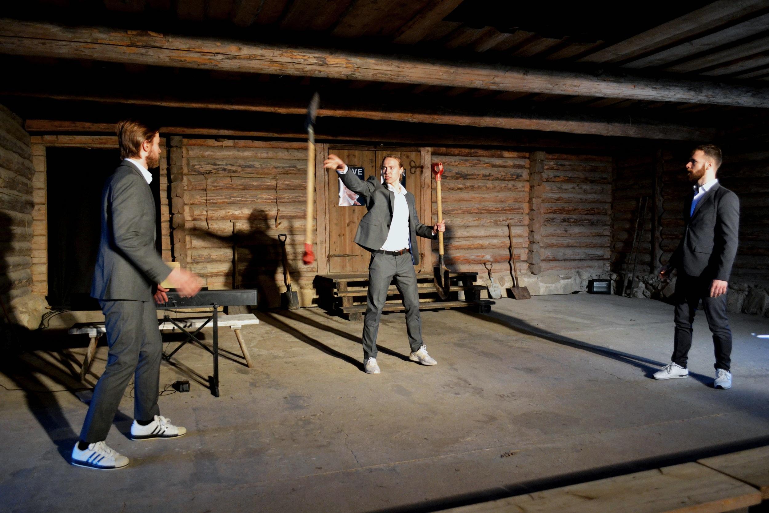 Pildi+autor+Paide+Teater+_+Vasakult+Johannes+Richard+Sepping+_+Ursel+Tilk+_+Joosep+Uus.jpg