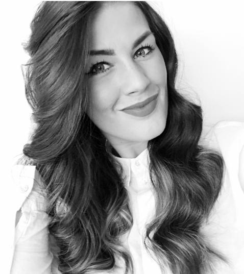 """Tove-Mari Wester Instagram:   @livetspoesi  Forfatteren av diktsamlingen """"Livets poesi"""" er født i september 1993. Hun er oppvokst og bosatt i Namsos sammen med mann og to barn. Til vanlig jobber hun på Sykehuset Namsos. Skriving har gjennom hele livet vært en stor lidenskap, og i 2015 opprettet hun Instagram-kontoen @livetspoesi der hun daglig oppdaterer sine nesten to tusen følgere med både nye og eldre dikt. Hun har tidligere bidratt med dikt til antologien """"Ren jul"""" utgitt av Cappelen Damm, og """"Over og under vann"""" utgitt av Fiktivt forlag. Nå debuterer hun med sin første egne diktsamling som blir utgitt i 2019.  Les et av diktene fra """"Livets poesi"""""""