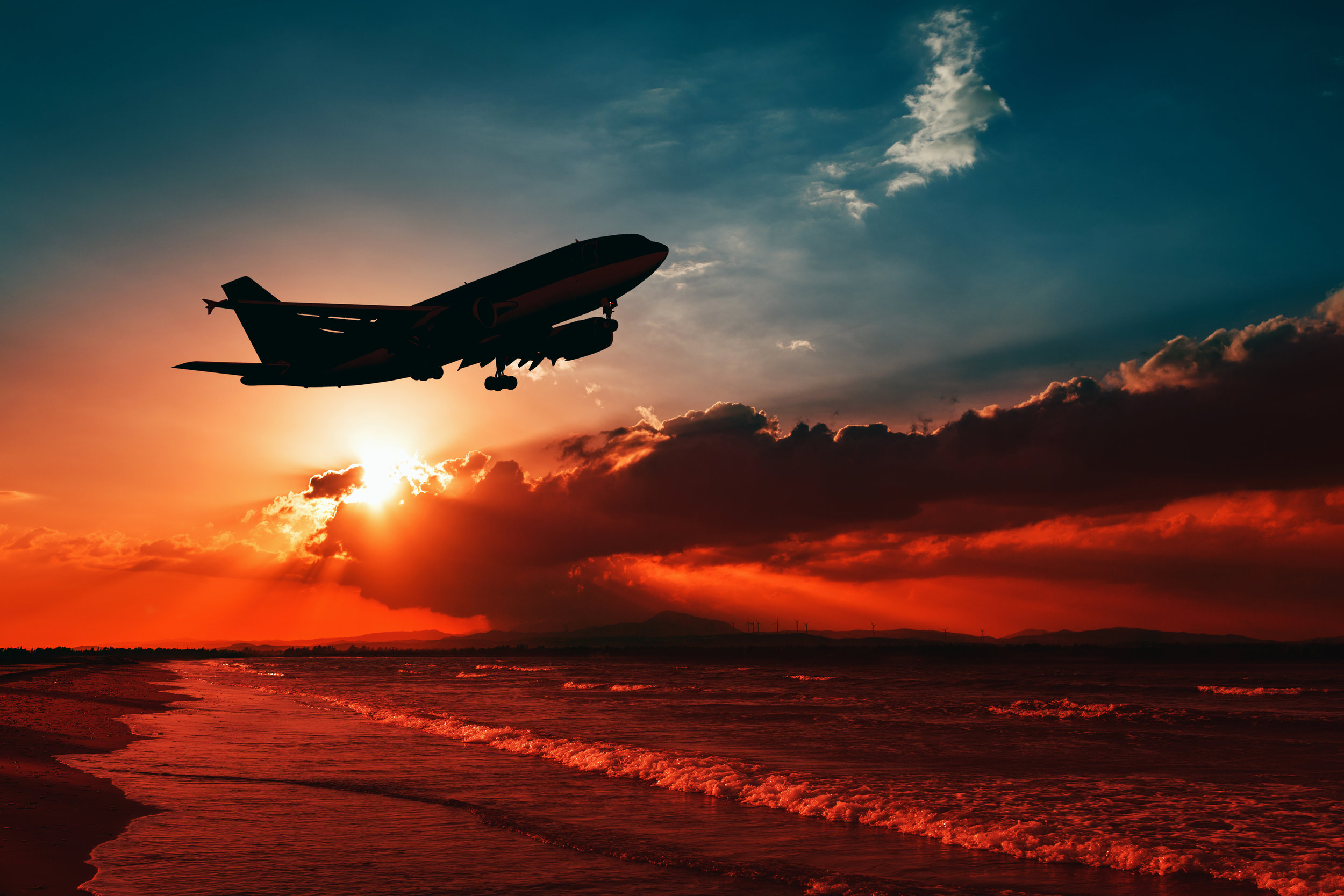 Airplane-at-sunset.jpg