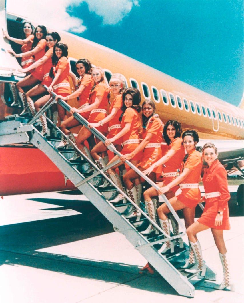 b3f523fb-ddcc-49ca-86c9-791ce1121a10-flight_attendants_1970s.jpeg