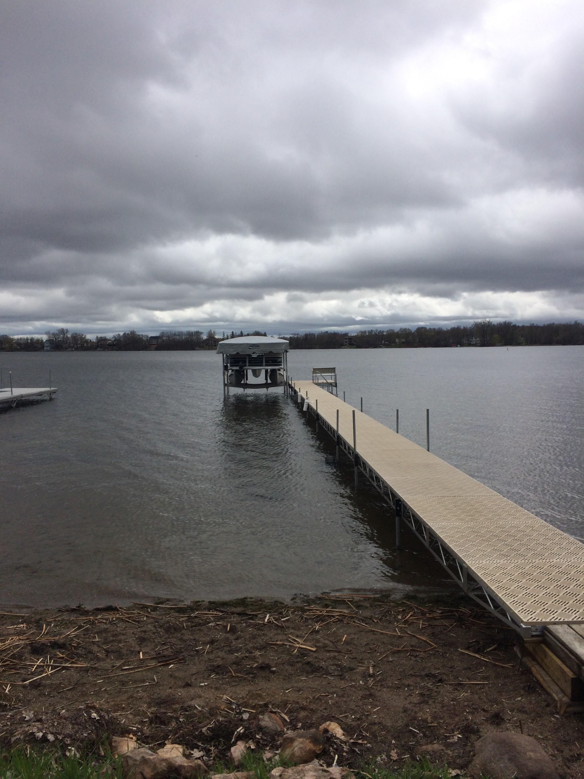 MN Docks & Boat Lifts - 10,000 DOCKS